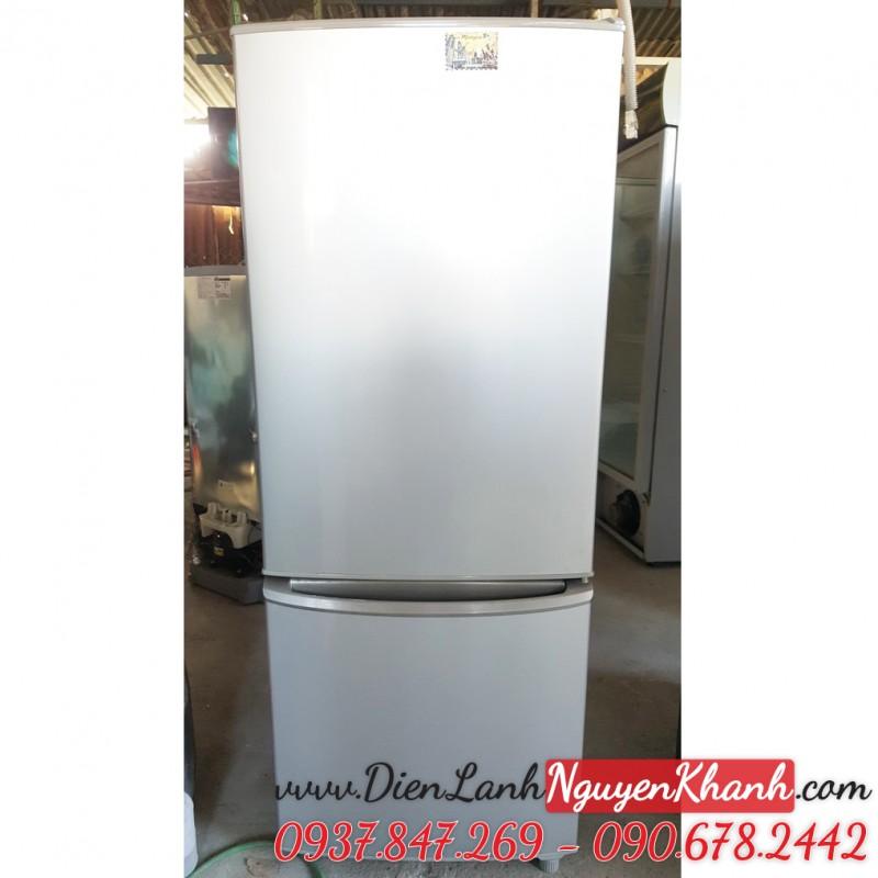 Tủ lạnh Panasonic NR-BU303SSVN 296 lít