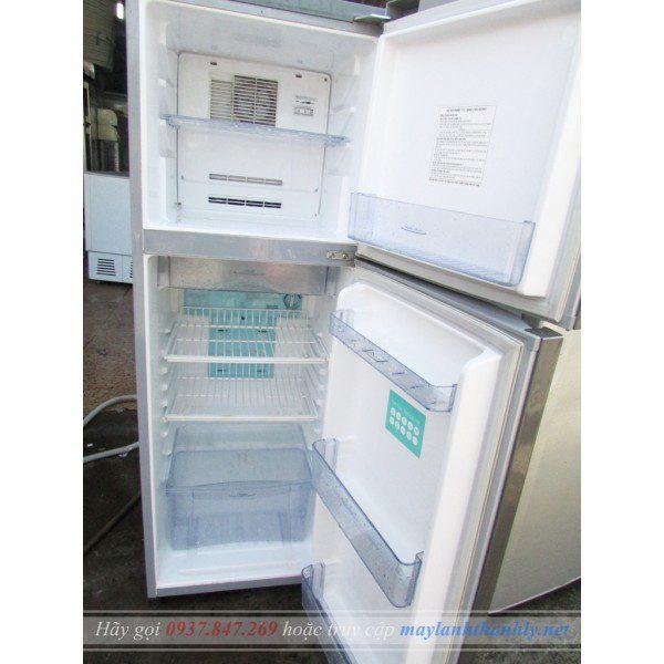Tủ lạnh Toshiba GR-M17VPT 170 lít