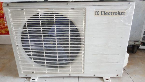 Máy lạnh Electrolux ESM12CRA-DI 1.5HP