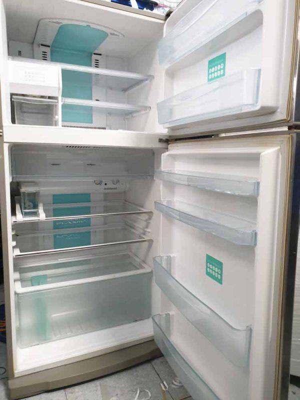Tủ lạnh Toshiba GR-YG66VDA 550 lít