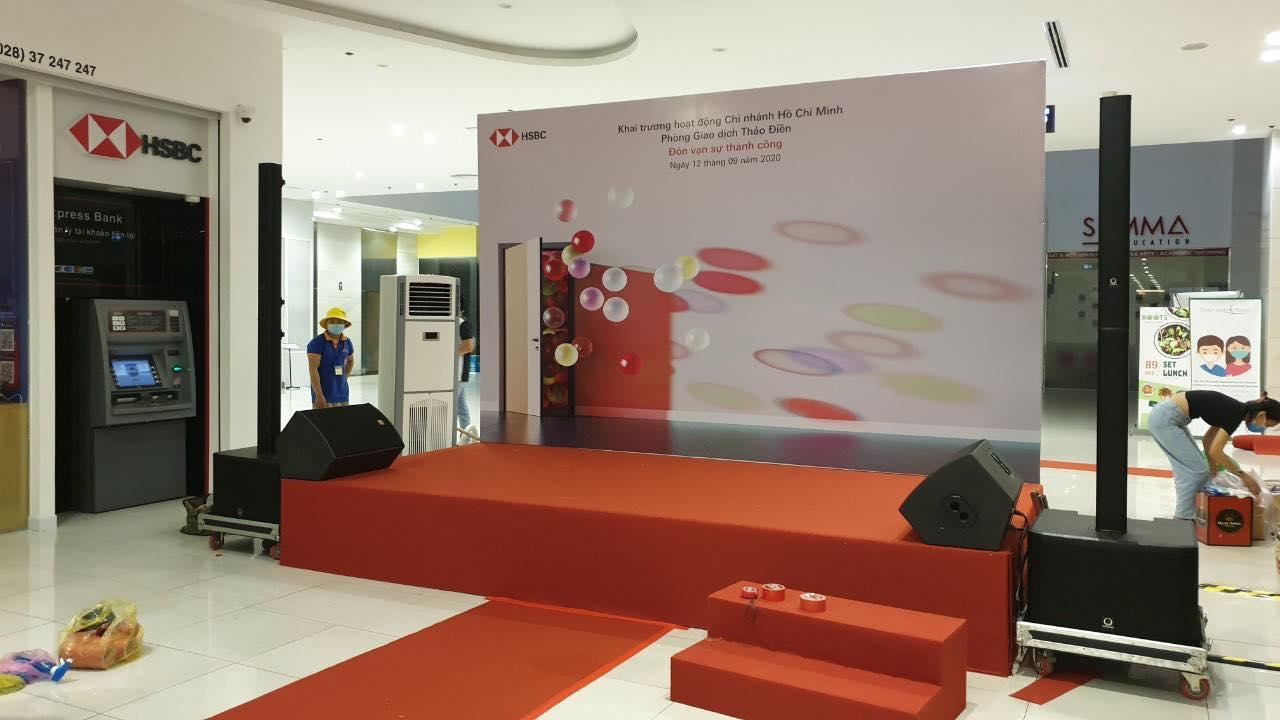 Cho thuê máy lạnh tủ đứng Media 3HP sự kiện HSBC Bank